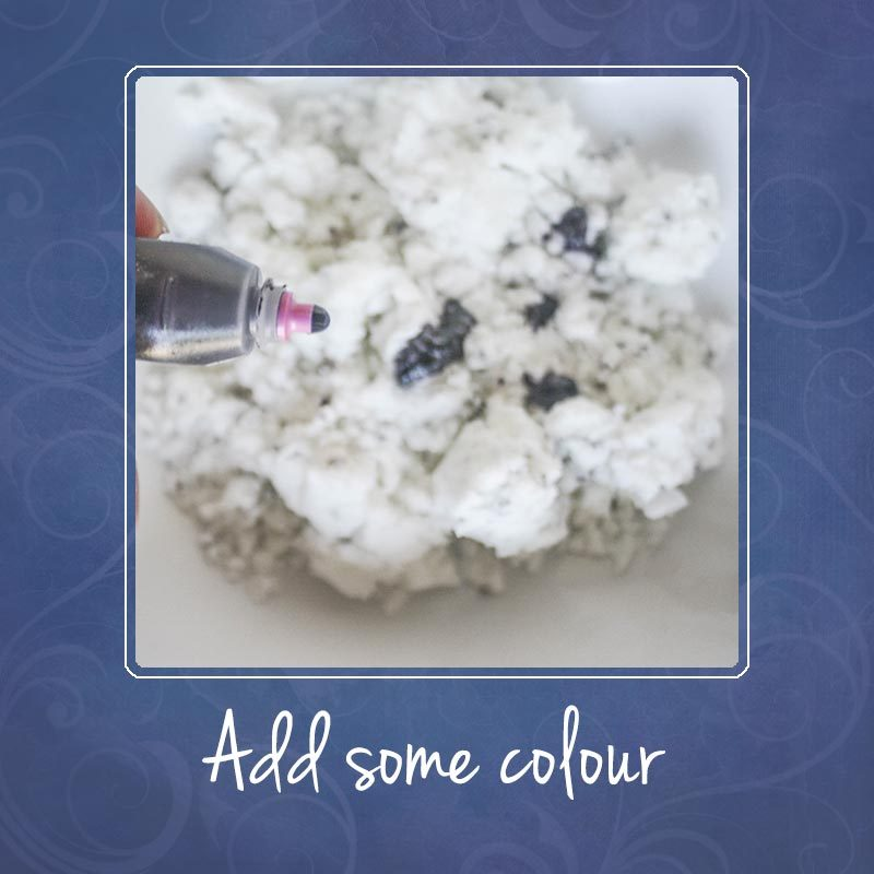 Add some colour to your bath bomb mixture