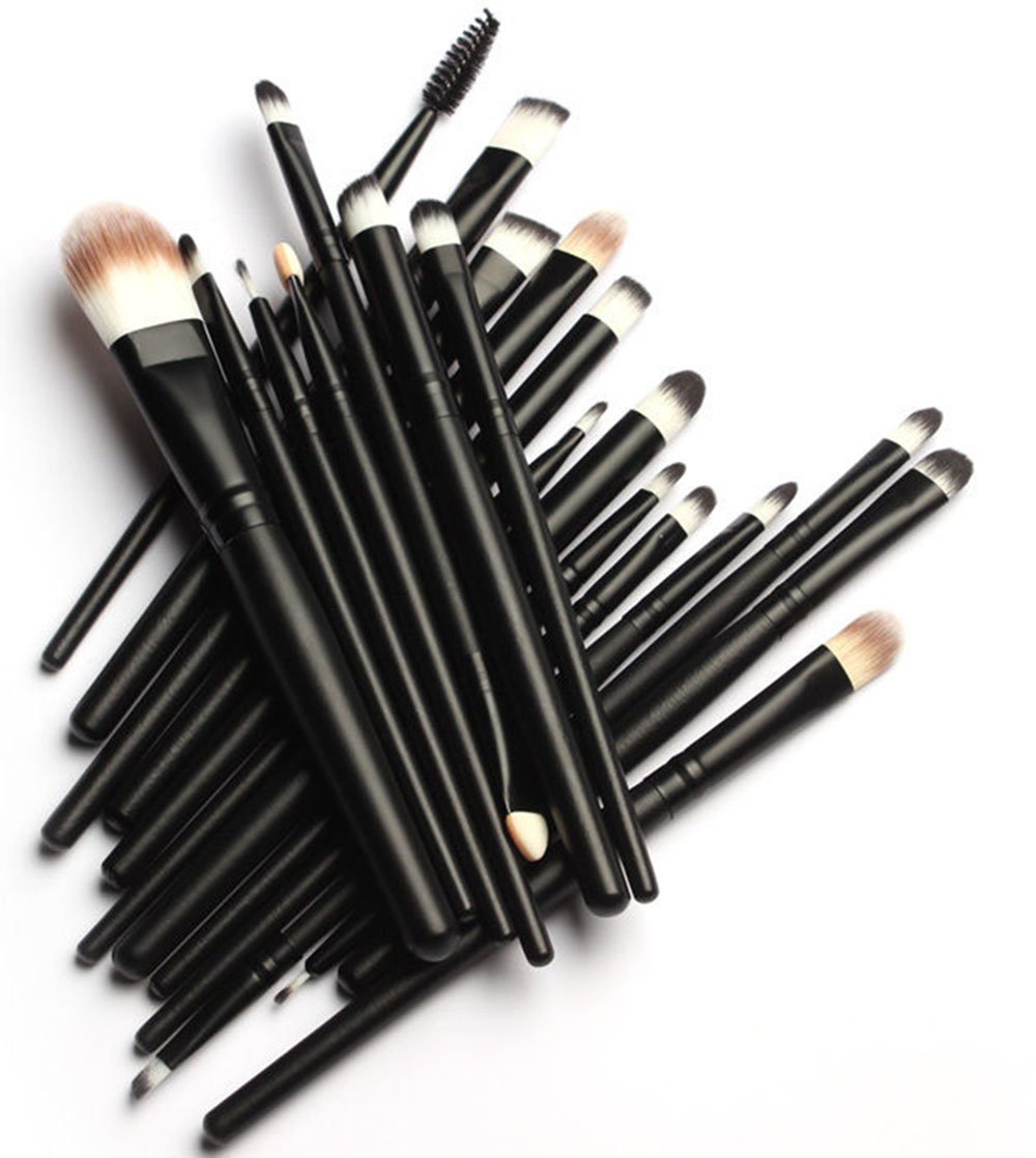 Us girls can get very lazy when it comes to make up brushes and we just use the same ones over and over for years.