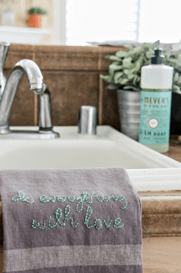 DIY Embroidered Kitchen Towels