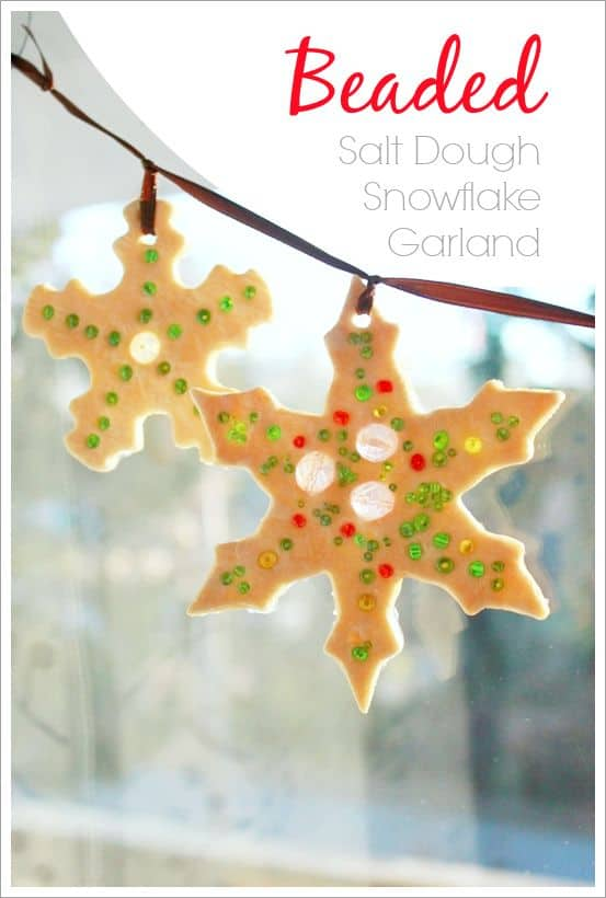 You can never have too many salt dough ornaments at Christmas and this Snowflake garland is GORGEOUS!!