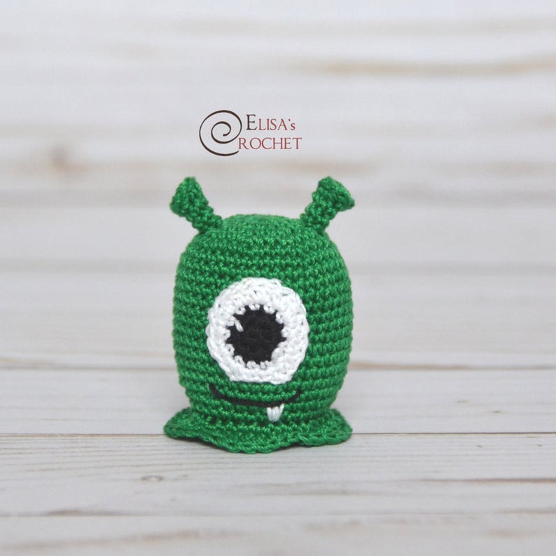 A cute crochet alien pattern