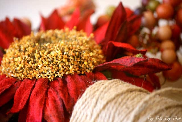 Burlap Wreath Ideas for Fall 2