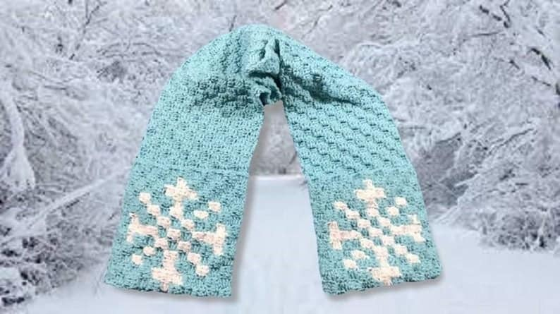 Snowflake Scarf with Pockets