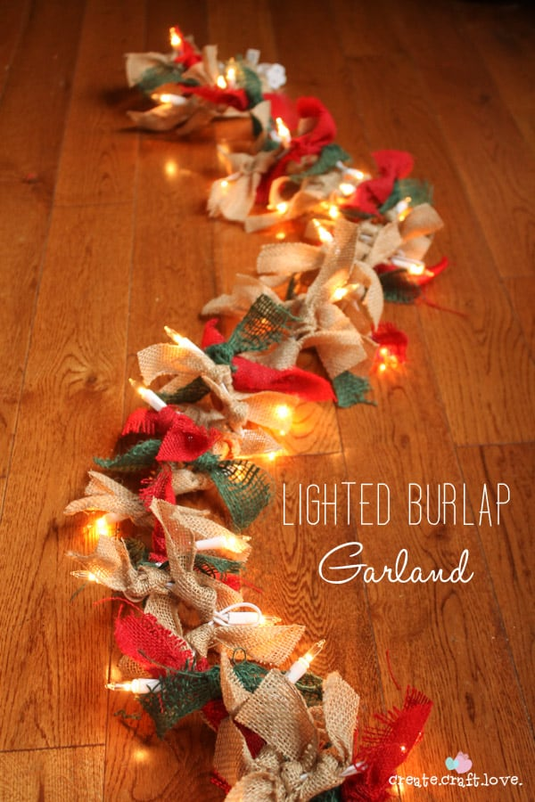 Christmas Burlap Wreaths 9