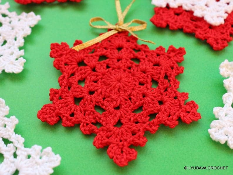 Snowflake Christmas Tree Ornament Crochet Pattern