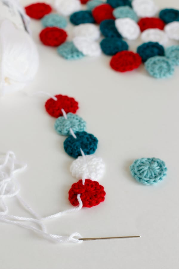 Circle Crochet Holiday Garland Free Pattern