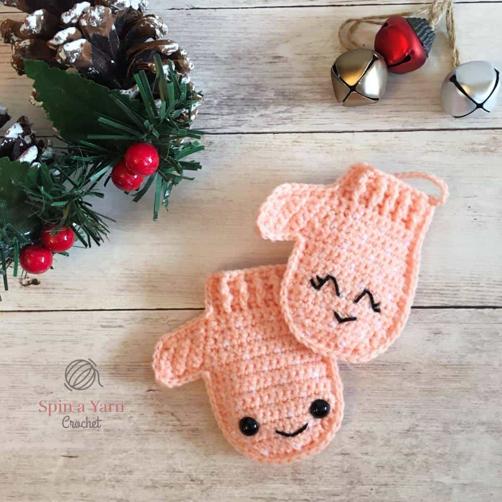 Crochet Christmas Ornaments Mittens