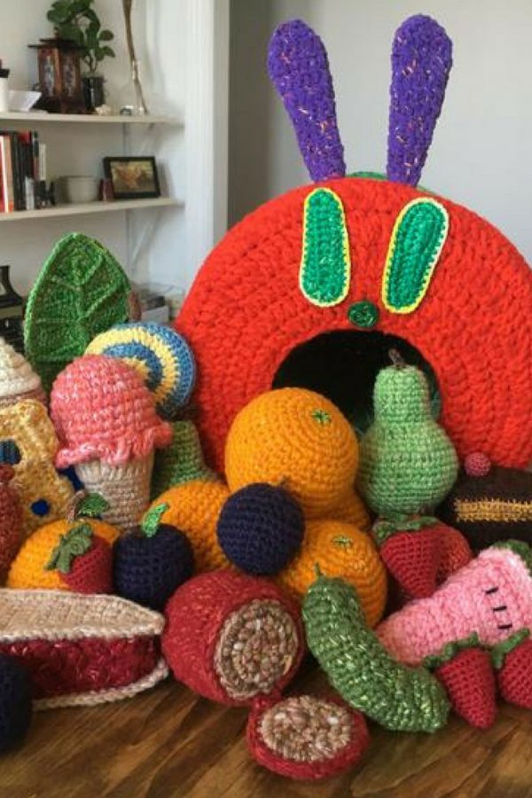 Wow this crochet Hungry Caterpillar is totally amazing! Thanks for sharing!