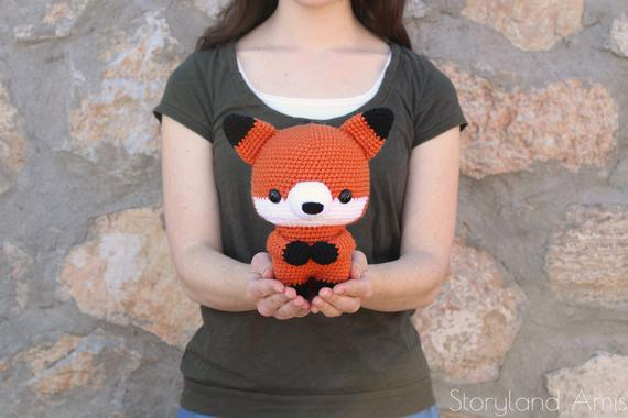 Cuddle-Sized Fox Amigurumi