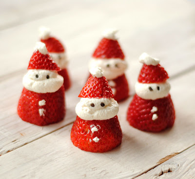 Sometimes the Christmas treats we make are actually TOO CUTE to eat!