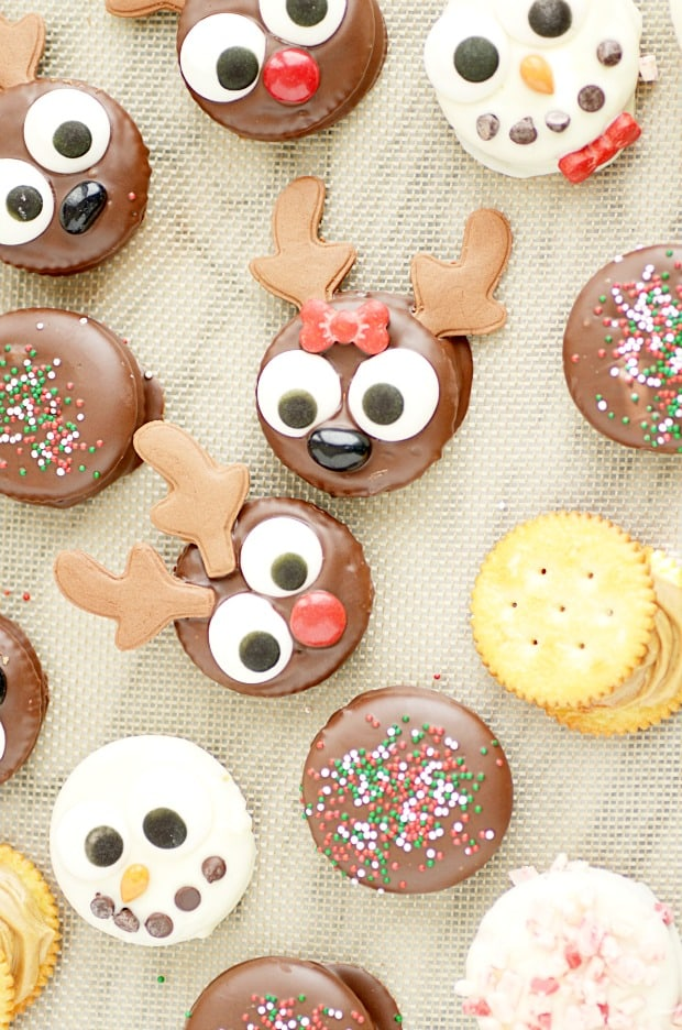 These Christmas treats are SUPER EASY. Turn a Ritz cracker into Rudolph and his friends!