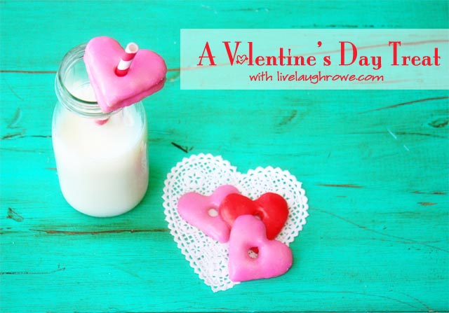 A Valentine's Day Treat | Milk & Cookies - Live Laugh Rowe