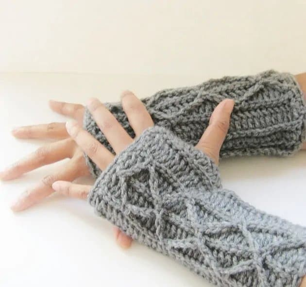 Faux Cable Fingerless Gloves
