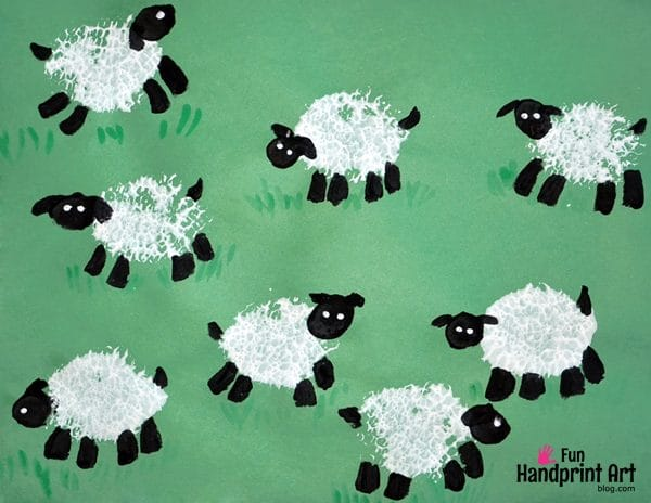 Stamped Sheep Craft - Painting with a Loofah