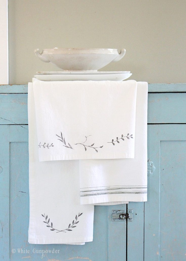 DIY Flour Sack Towels and Fabric Markers