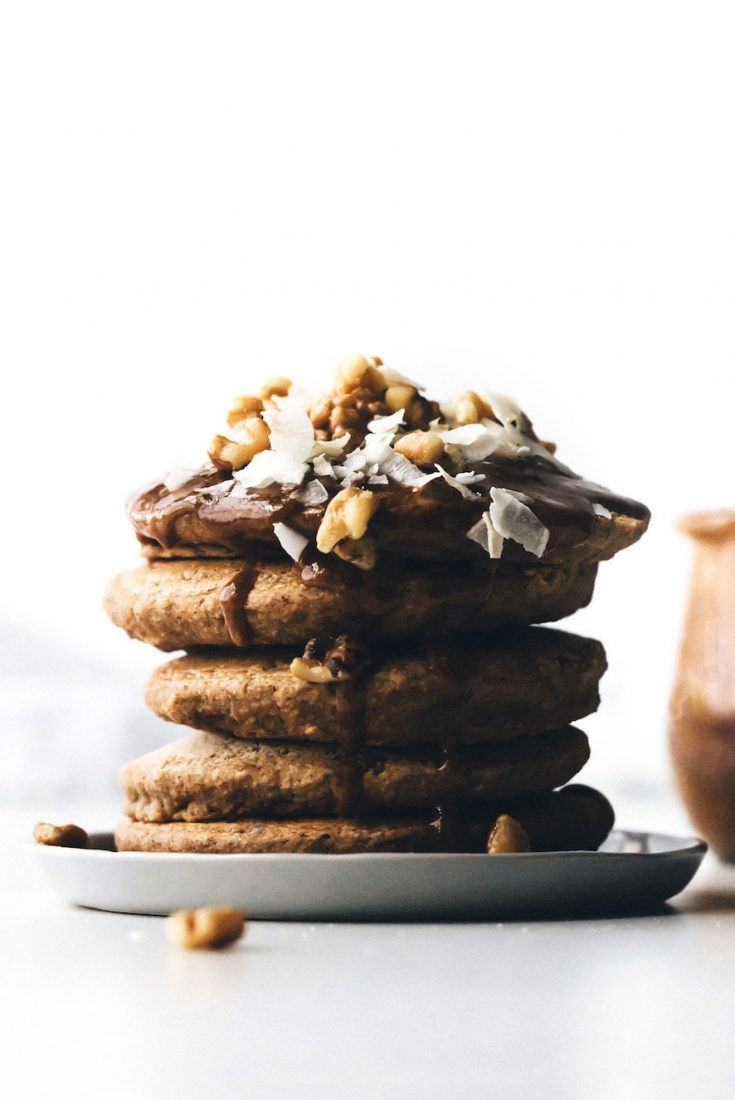 Fluffy Vegan Pancakes without Banana {gluten and oil free}