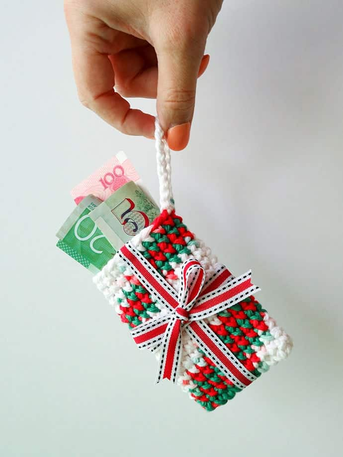Gift Card Holder Christmas Ornament Crochet Pattern