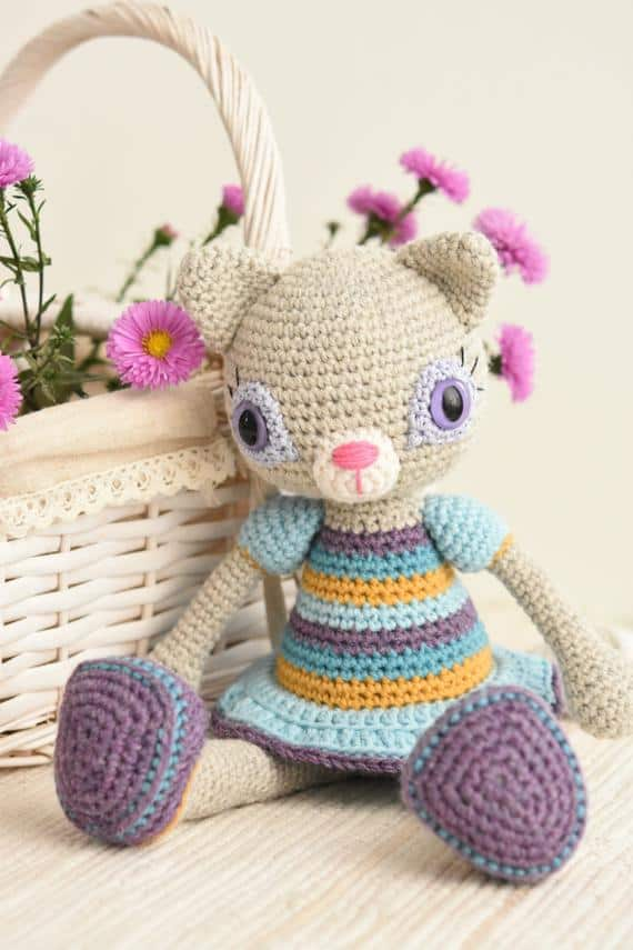 Hilda the Ragamuffin Crochet Cat