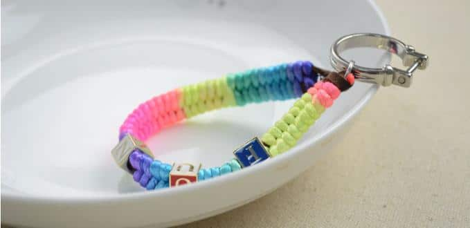 How to Make an Easy Keychain Friendship Bracelet