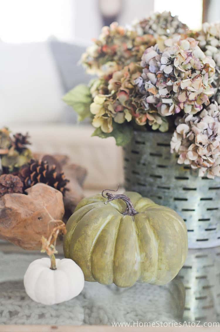 How to Paint Pumpkins