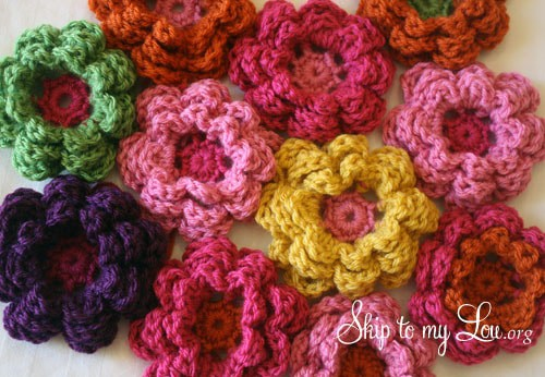 How to crochet flowers - Skip to My Lou