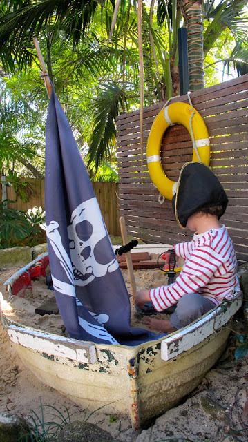 DIY Sandpit from a Boat