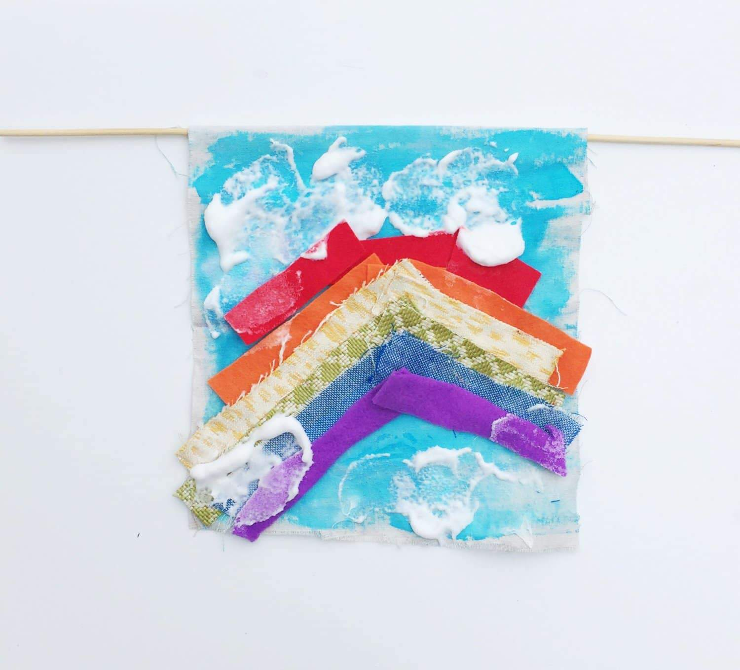 Rainbow Fabric Tapestry DIY