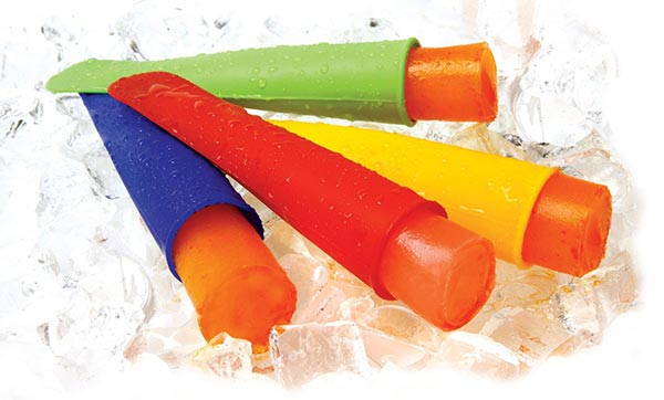 These ice pop containers are perfect for adding frozen smoothies to your kid's lunch box