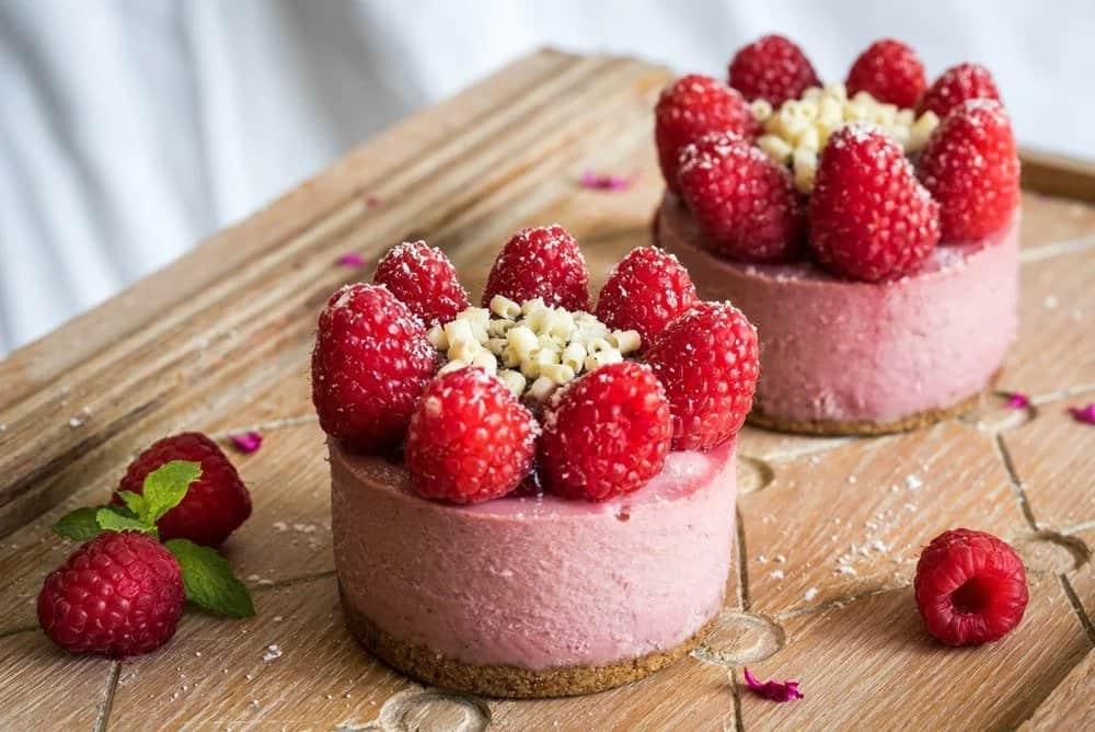 Instant Pot White Chocolate Raspberry Cheesecake Minis