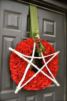 Make Burlap Wreath Christmas 3