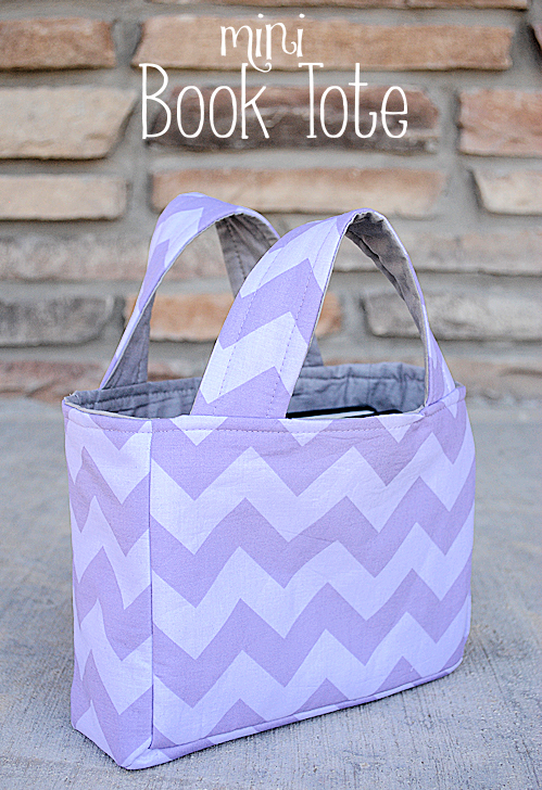 This GORGEOUS tote bag is the PERFECT way to keep all the library books safe and sound!