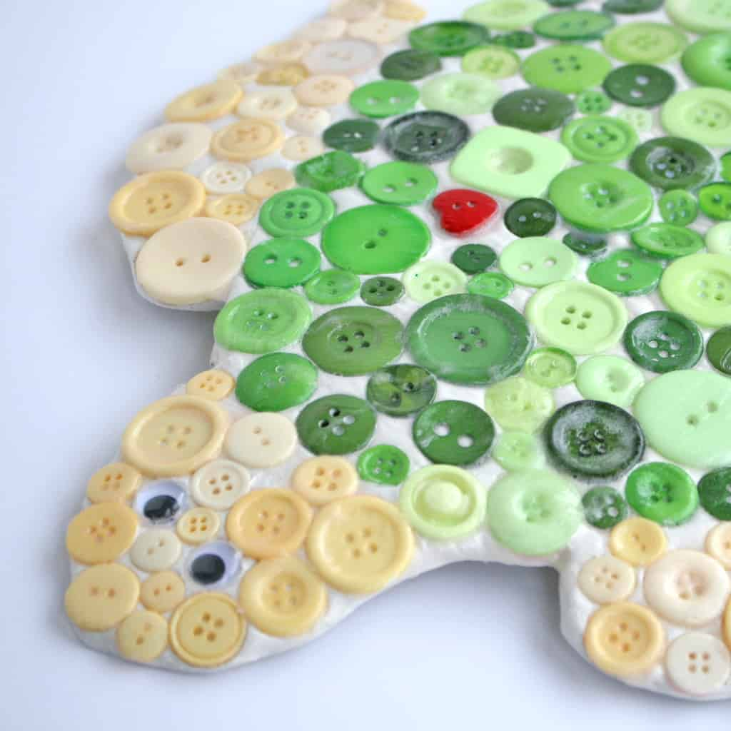 How to Make a Button Mosaic Turtle
