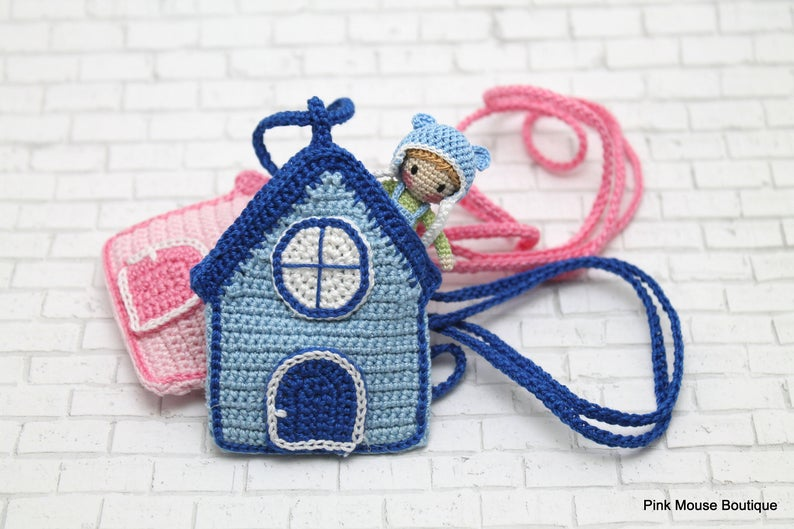 This easy to follow crochet pattern will show you how to make these adorable pocket sized dolls and their matching houses!