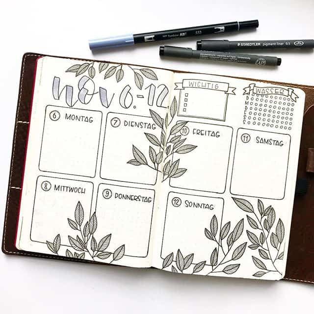 November Weekly with Leaves Bullet Journal