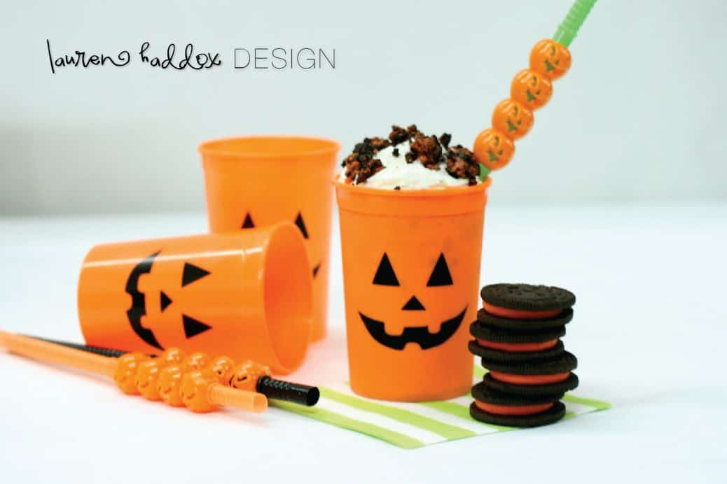 Halloween Oreo Milkshakes - If your kids love Dairy Queen Blizzards they are going to love these Oreo milkshakes