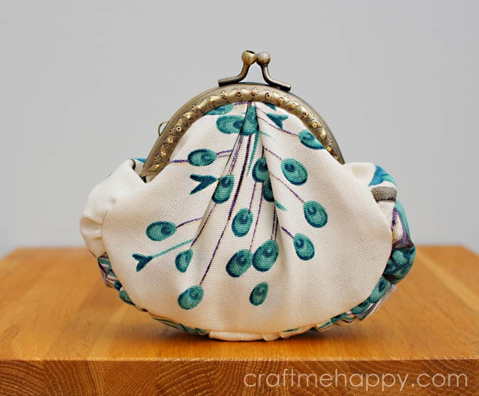 Peacock Frame Purse