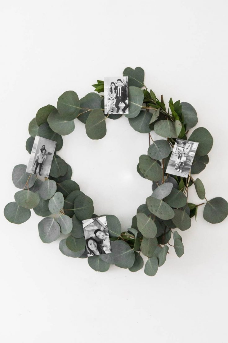 DIY Holiday Photo Wreath