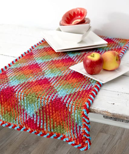 Planned Pooling Table Runner Free Pattern