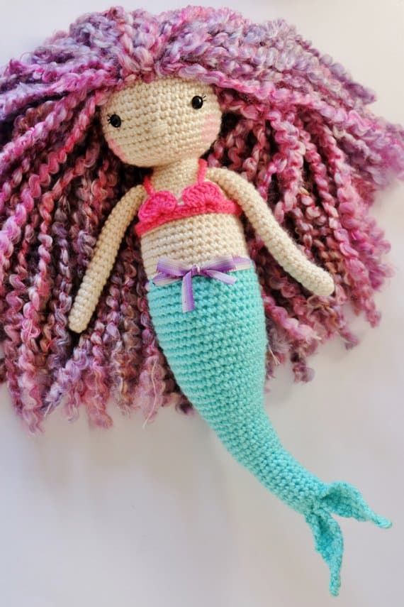 Pretty Amigurumi doll to crochet