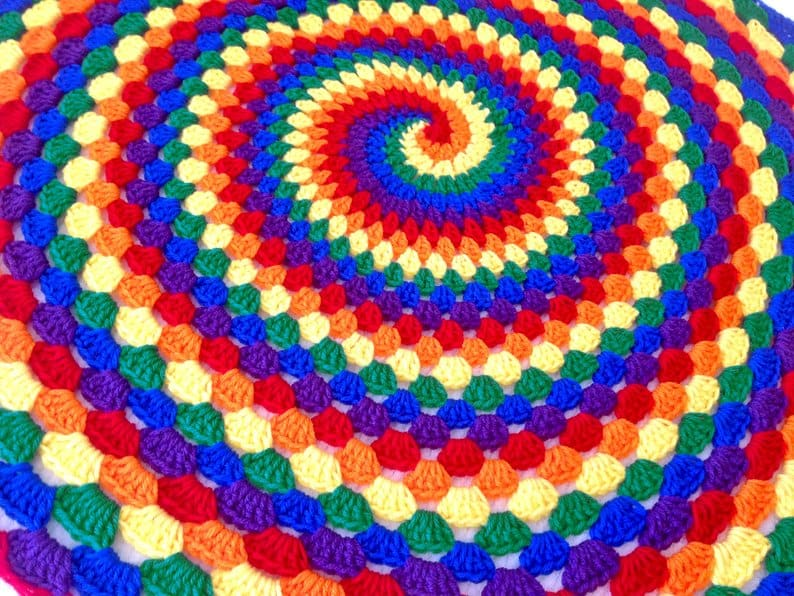 Pattern for Rainbow Spiral Granny Blanket