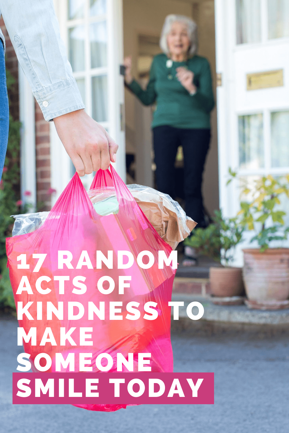 Check out these random acts of kindness ideas with free printables to help make someone smile today
