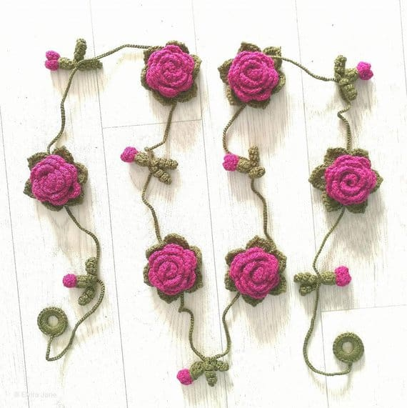 Rose Garland Pattern