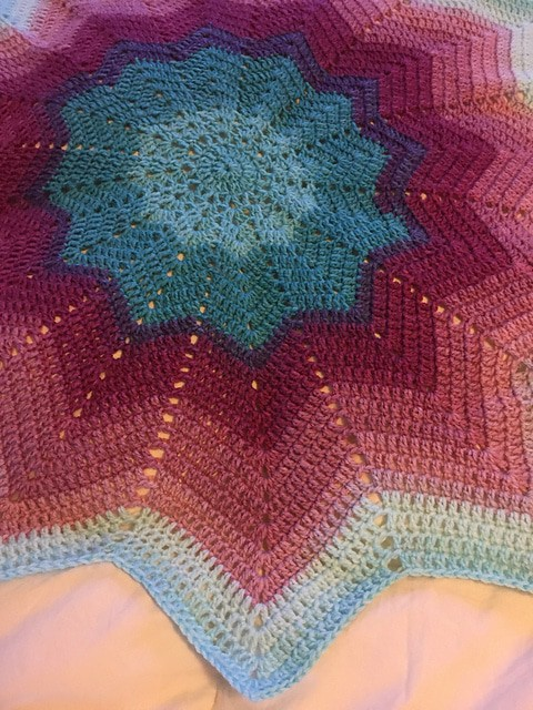 Sidar Snuggly Pattercake Star Blanket
