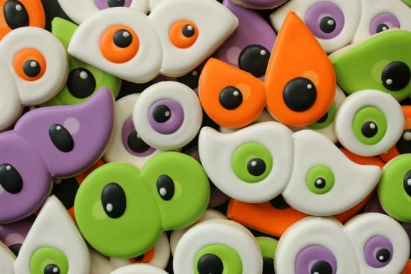 Just HAD to share these Halloween cookies - the bright colours are fabulous!