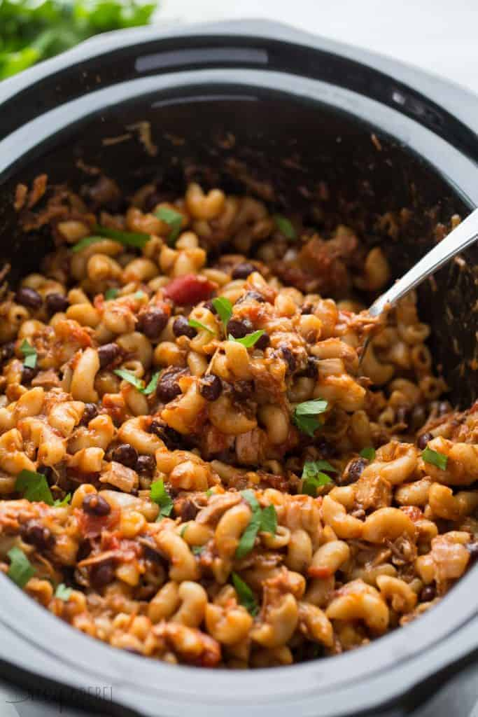 Slow Cooker BBQ Chicken Chili Mac