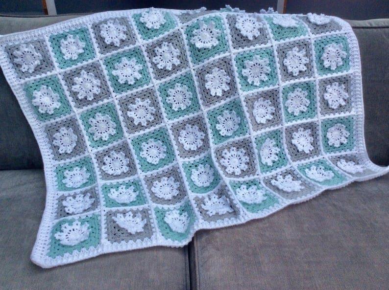 Snowflake Christmas Blanket