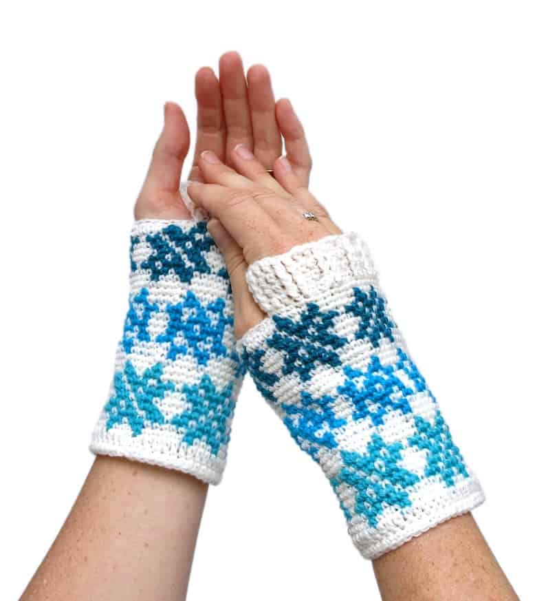 Snowflake Fingerless Mitten Pattern