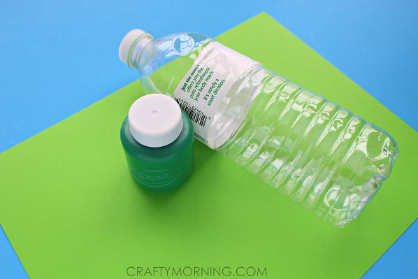 Water Bottle Shamrock Stamp Craft for Kids - Crafty Morning