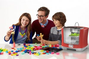 Show your children that good things come to those who wait with this Thingmaker 3D printer!