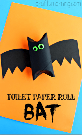 Toilet Paper Bat Halloween Craft for Kids - I love the idea of using different sized eyes to make him look extra batty